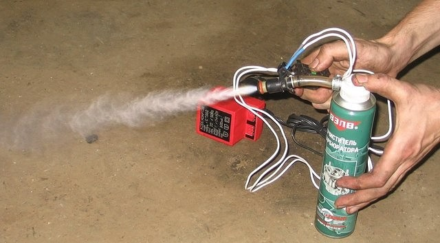 Промыть форсунки инжектора своими руками