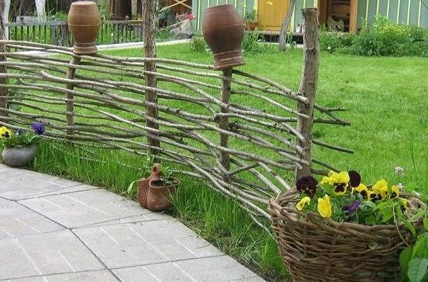 изгородь своими руками плетеная