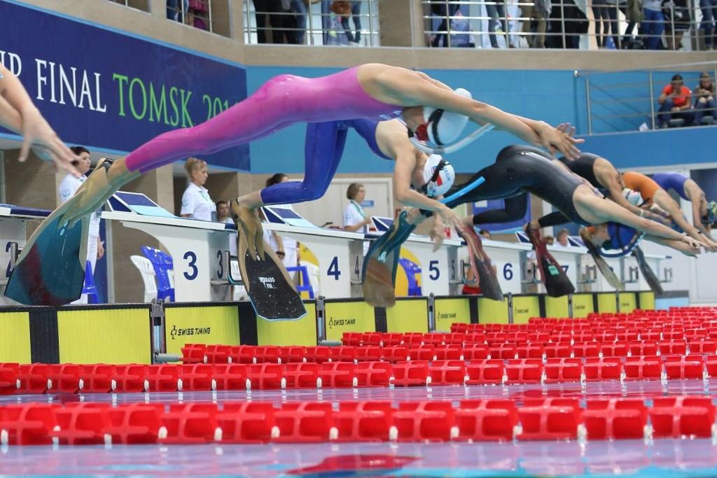 transi-v-plavaniy