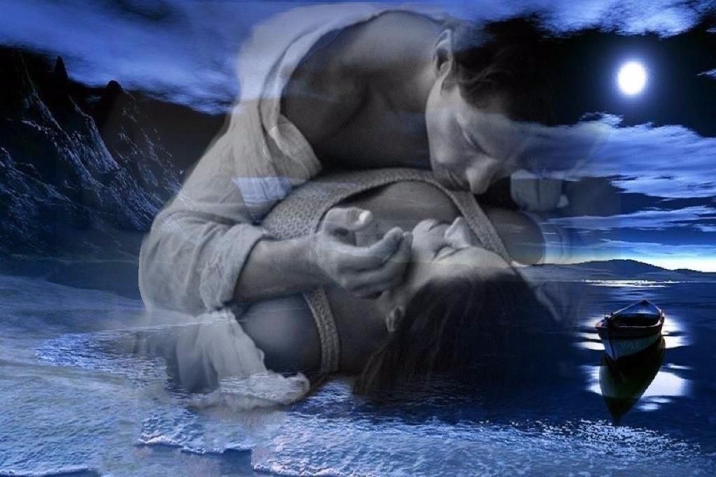 Для женщины сон, в котором присутствует прикосновение, означает, что ей будут оказывать недвусмысленные знаки внимания.