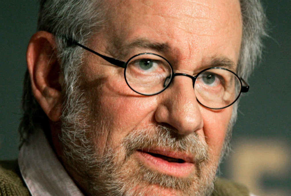 the contributions of steven spielberg in the american movie industry The contributions of steven spielberg in the american movie industry 383 words 1 page criminal behavior has been the main theme of the american movie industry.
