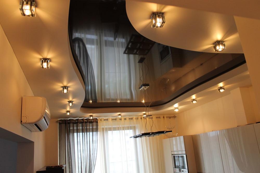 смотреть фото натяжных потолков в коридоре фото