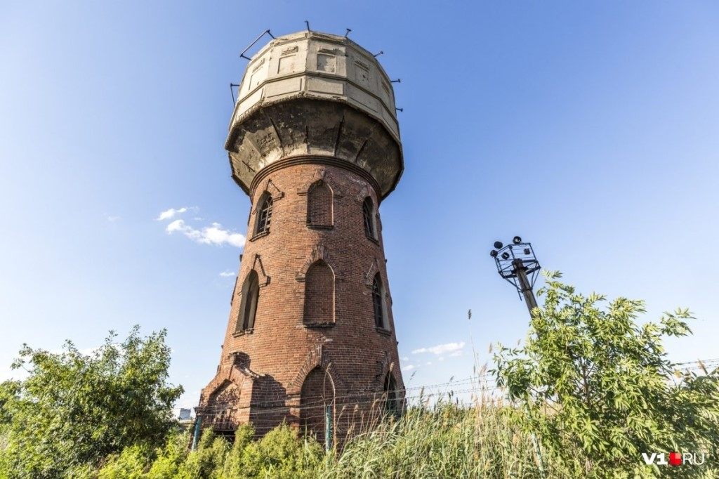 сколько лет водонапорной башне в калуге