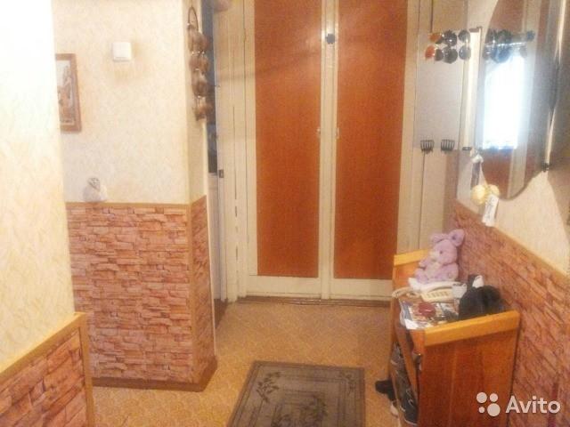 СРОЧНО!!!Продается 2-комнатная квартира в Ленинском районе на 2-этаже в 5-этажном кирпичном доме по адресу ул.Крымская 43,общей площадью 46.6 м2.Комнаты распашные,окна выходят в разные стороны дома.Имеется стационарный телефон.В одной комнате установлено пластиковое окно.