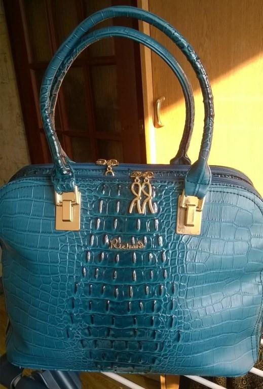 Новая сумка, экокожа, объемная, вместительная.