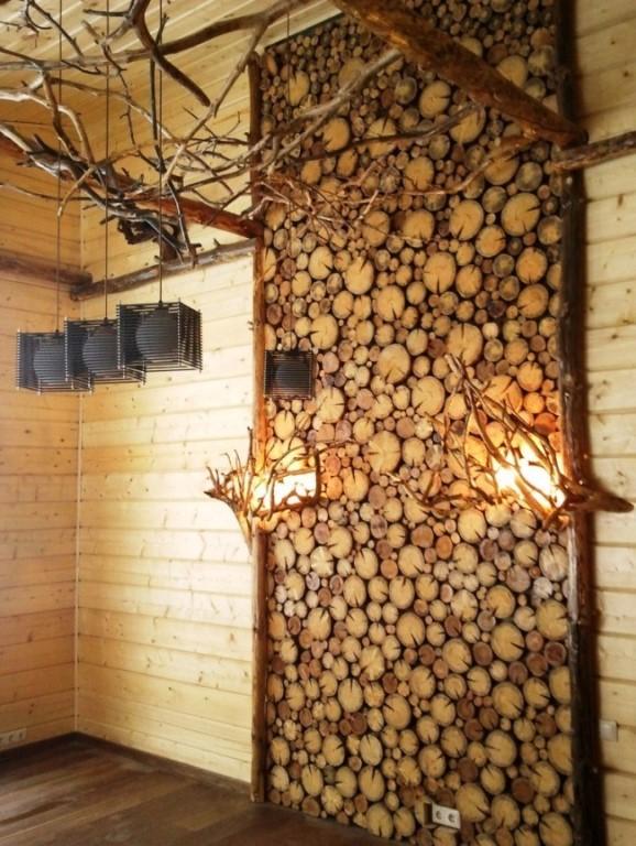 Декоративные стены из спилов дерева.